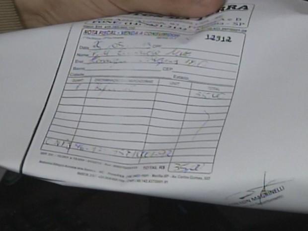 Notas falsas eram usadas para comprovar despesas que não existiam  (Foto: Reprodução / TV TEM)