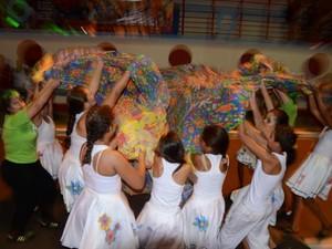 Bloco de meninas dançam no Barra Folia (Foto: Divulgação)