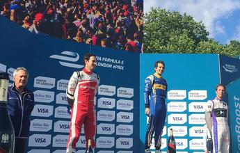 Prost e Senna fazem dobradinha na FE. Di Grassi fica mais perto da taça