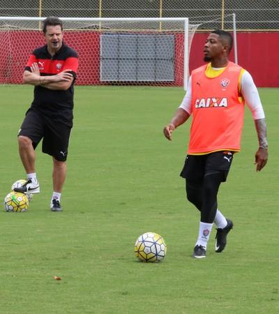 Vitória; treino; Barradão; Marinho (Foto: Francisco Galvão/EC Vitória/Divulgação)