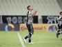 """""""(O Ceará) merece o acesso"""", diz meia Tomas Bastos, antes de returno iniciar"""