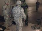 Soldado se fantasia de 'homem bomba' e gera alerta em base militar
