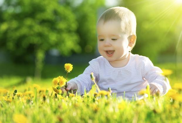 criança no sol (Foto: ThinkStock)