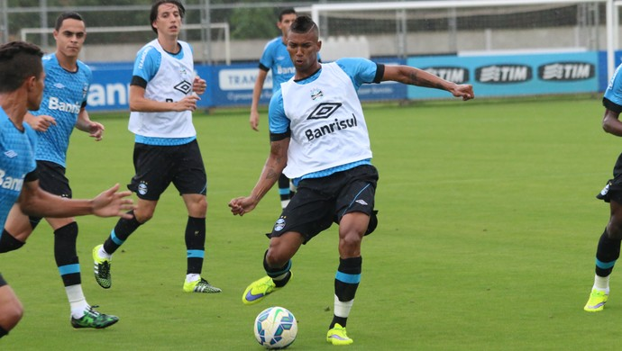 Volante Walace Grêmio (Foto: Eduardo Deconto/Globoesporte.com)
