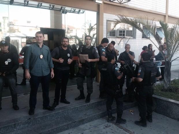Operação Presença em Macaé (Foto: Juliana Martarello/Inter Tv)
