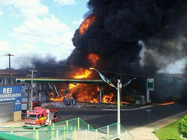 Incidente aconteceu por volta das 14h, em Imperatriz (Foto: Divulgação/Henrique Bueno)