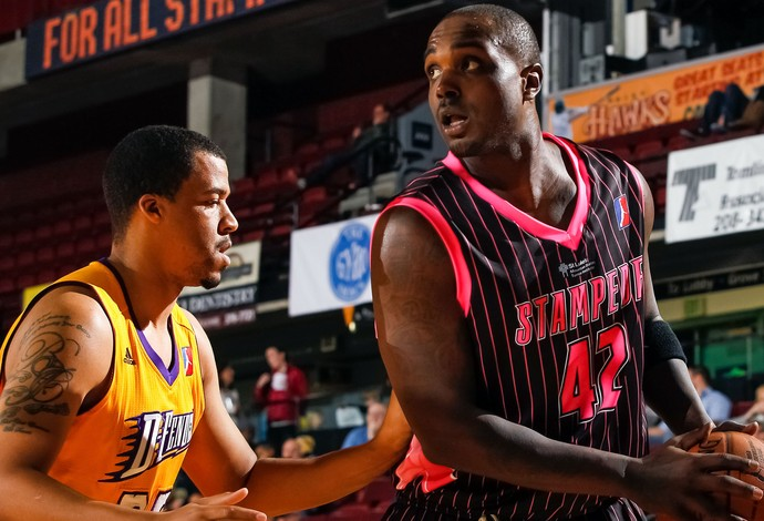 Derrick Caracter Idaho Stampede nba (Foto: Getty Images)