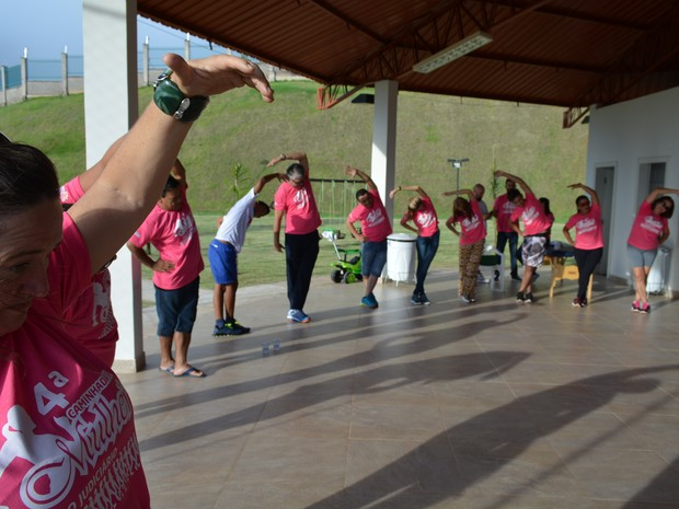 Mulheres que trabalham na Justiça estadual foram homenageadas com atividades físicas em Porto Velho (Foto: Toni Francis/G1)