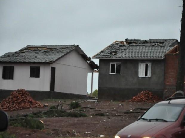 Prefeitura de Tapejara (RS) acredita que 150 casas foram totalmente destruídas após temporal (Foto: Suelen Defaveri/Divulgação)