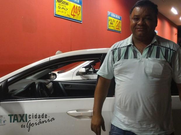 José Maria acredita que concorrência pode tornar serviço de taxi mais competitivo Goiânia Goiás (Foto: Vanessa Martins/G1)