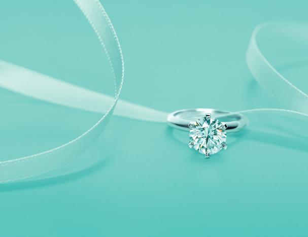 O clássico anel de noivado Tiffany Setting (Foto: Divulgação)