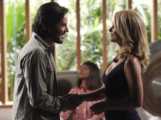 Loira diz que em três dias estará preparada para se relacionar com Herval (Foto: Raphael Dias/TV Globo)