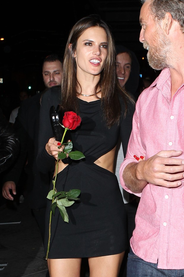 Alessandra Ambrosio (Foto: AKM-GSI BRASIL / Splash News)