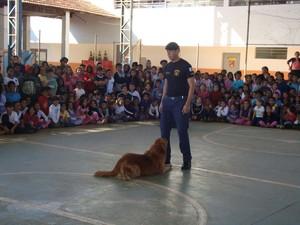 Marley também participou de projetos sociais em escolas de Tatuí (Foto: Arquivo pessoal/Juceil Batista Rodrigues)