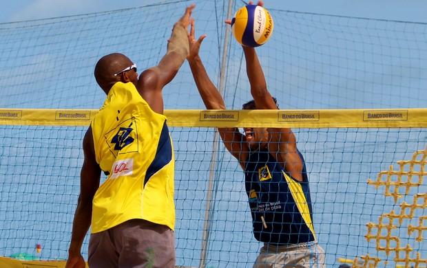 O atleta do Tocantins, Averaldo ocupa o 11° lugar no ranking nacional do Circuito de Vôlei de Praia (Foto: Arquivo CBV/Paulo Frank)