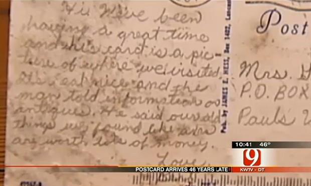 """Cartão-postal enviado por homem nos EUA chegou 46 anos depos (Foto: Reprodução/""""NewsOn6"""")"""