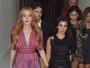 Lindsay Lohan e Kourtney Kardashian usam looks curtinhos para badalar