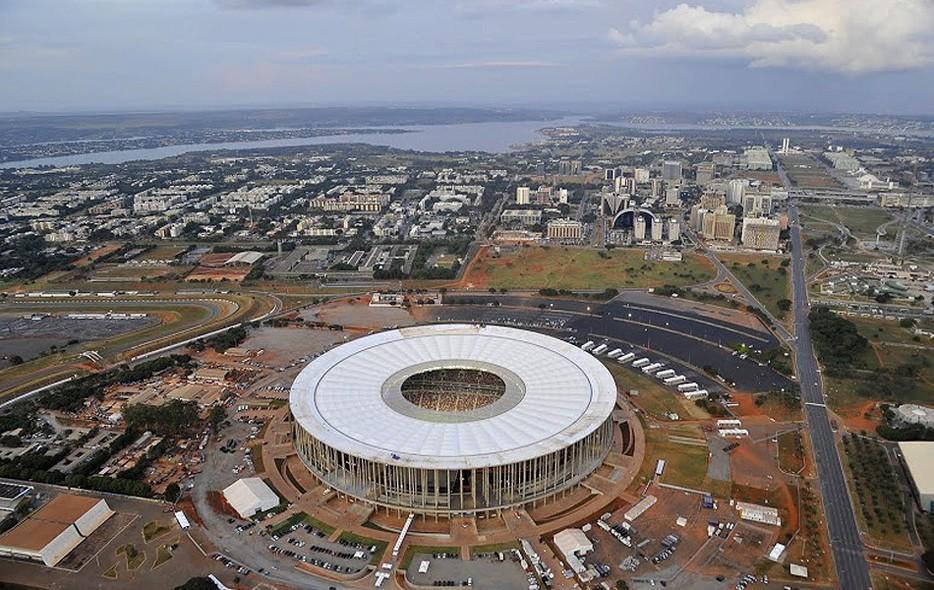 2013 fifa confederations cup br sil skyscrapercity for Puerta 27 estadio nacional