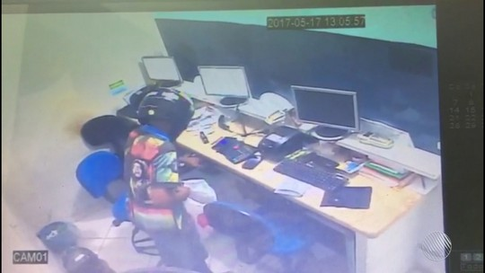 Casa lotérica é assaltada na Bahia pela 3ª vez; vídeo mostra ação