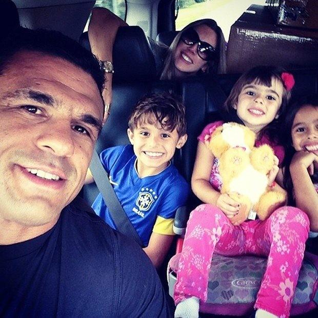 Vitor Belfort com a família (Foto: Instagram / Reprodução)