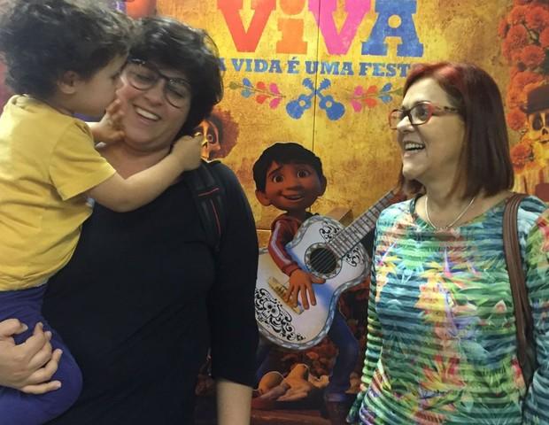 Thaiz Leão, do blog Mãe Solo saiu emocionada do filme (Foto: CRESCER)