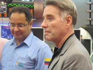Eike Batista e o diretor-presidente da CCX, Leonardo Moretzsohn, durante cerimônia de adesão da empresa ao Novo Mercado da Bovespa (Foto: Fabíola Glenia/G1)