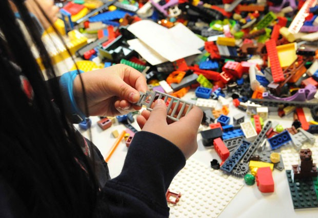 Após doação da Lego, Universidade de Cambridge vai criar cargo para pesquisar o ensino por meio de brincadeiras (Foto: Divulgação/Lego)