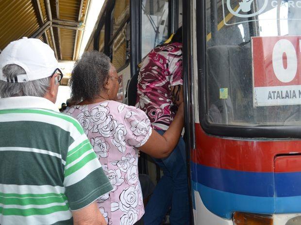 Mais de 88,2 mil pessoas têm acesso gratuito ao transporte público em Aracaju e área metropolitana (Foto: Marina Fontenele/G1 SE)