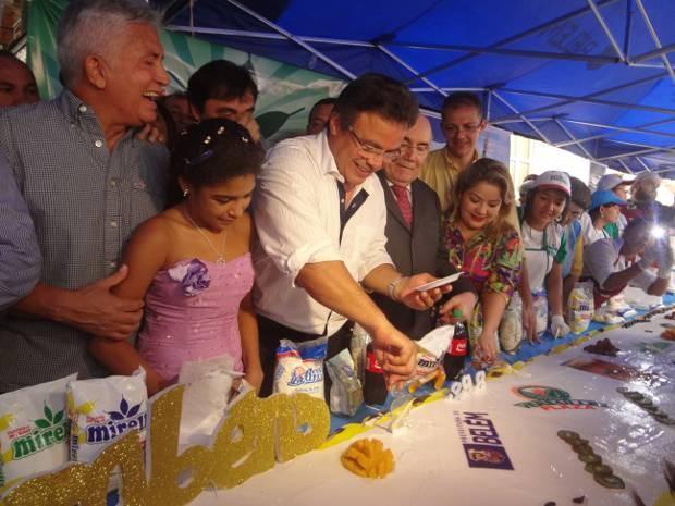 Prefeito Zenaldo Coutinho participou da festa de aniversário da cidade. (Foto: Thais Rezende/ G1)