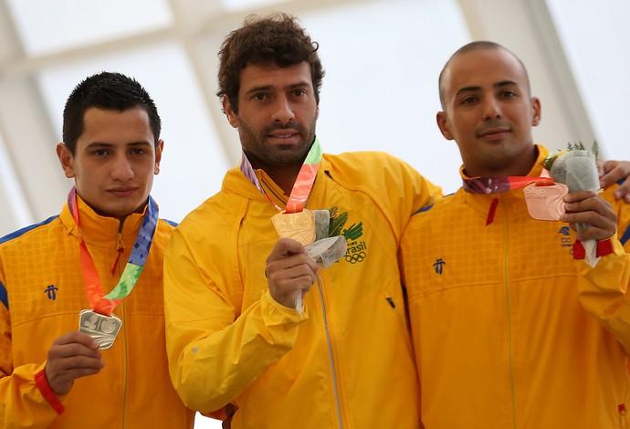 Hugo Parisi conquista o ouro nos Jogos Sul-Americanos (Foto: Mauro Davila/Agência Uno)