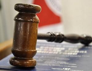 Martelo - Tribunal - Justiça (Foto: Vagner Antonio/TJ/MG)