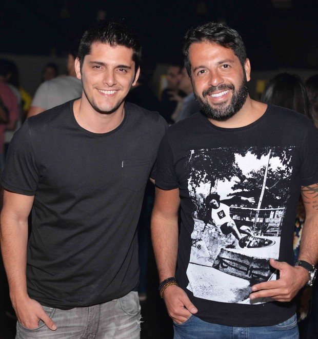 Bruno Gissoni e Rafael Cuia (Foto: Divulgação/Ari Kaye)