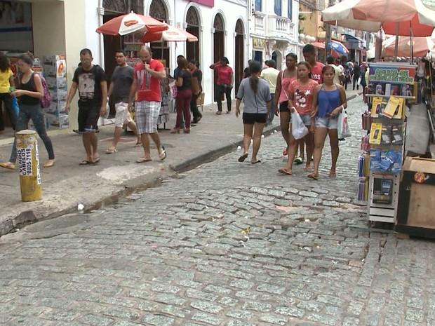 Rua Grande é considera a principal rua do comércio de São Luís (Foto: Reprodução/TV Mirante)