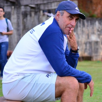 José Oliveira técnico São José (Foto: Danilo Sardinha/GloboEsporte.com)