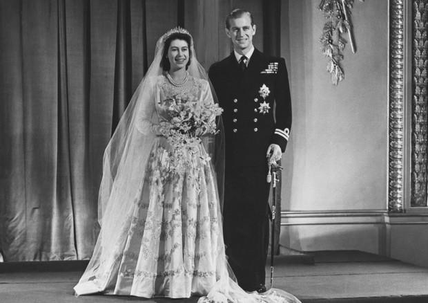 Rainha Elizabeth e Príncipe Philip completam 70 anos de casados (Foto: Reprodução)
