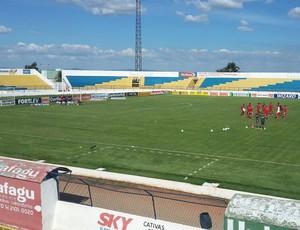 Boa Esporte enfrenta o Icasa no Estádio Romeirão (Foto: Tiago Campos)