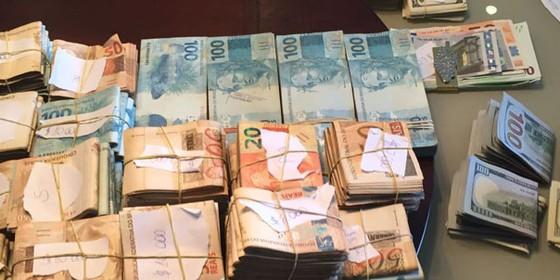 Dinheiro apreendido (Foto: Polícia Federal)