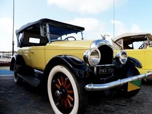Via Sul recebe exposições de carros antigos (Foto: Divulgação)