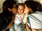 Paloma Duarte posta foto fofa de carinho entre os filhos