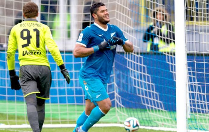 Hulk comemora gol do Zenit contra o Rubin Kazam (Foto: Divulgação / Site Oficial do Zenit)