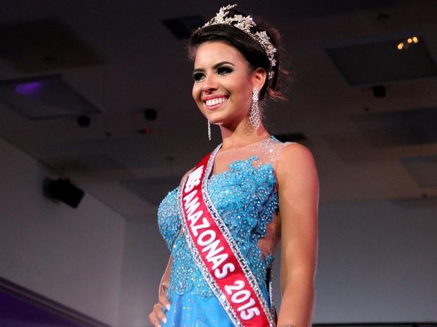 Carolina Toledo foi a grande vencedora do Miss Amazonas 2015 (Foto: Marcos Dantas/G1 AM)