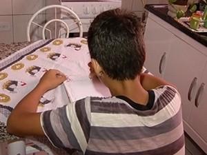 Adolescente escreveu carta para ser entregue aos Correios (Foto: Reprodução / TV Tem)