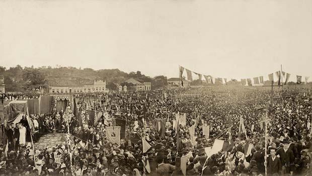 Brasilidade na fotografia - Missa em comemoração à abolição 17-05-1888 (Foto: Divulgação)