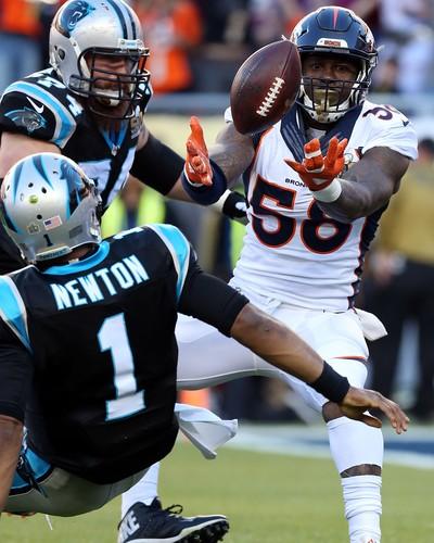 Cam Newton e Von Miller Super Bowl 50 NFL - Carolina Panthers (Foto: Reuters)