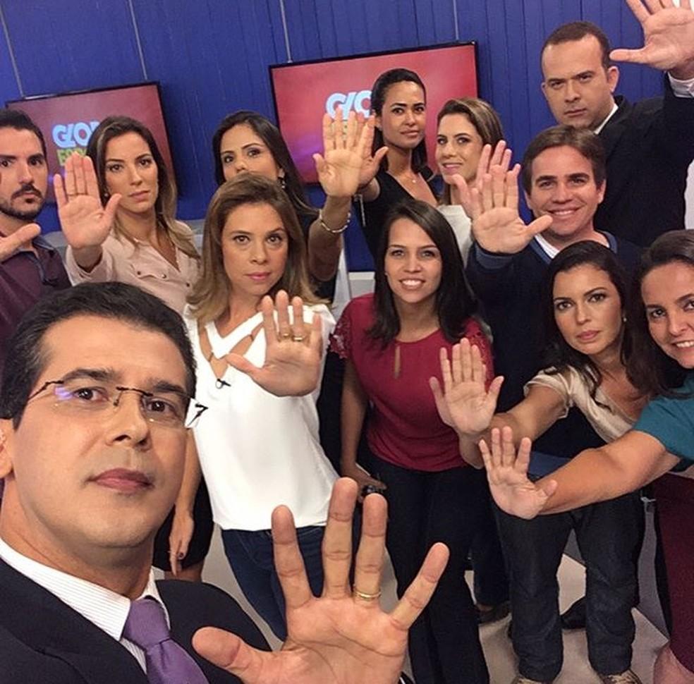 Apresentadores e repórteres unidos pela causa (Foto: TV Bahia)