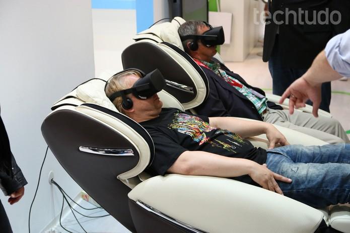 Cadeira de massagem VR Medisana (Foto: Fabrício Vitorino/TechTudo)