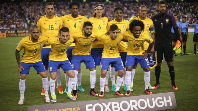 Resultado de imagem para Peru x Brasil