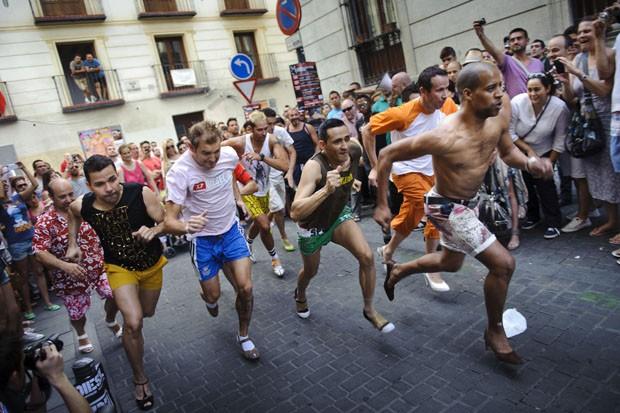 corrida gay fotos de tetonas