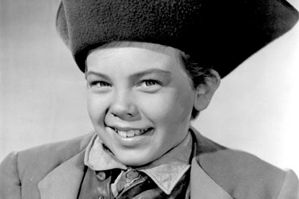 Bobby Driscoll estrelou importantes filmes da Disney, como 'Canção do Sul', em 1946. O ator foi encontrado morto em 1968, em Nova York. Foi só dois anos depois, quando sua mãe começou a procurá-lo, que identificaram o corpo. (Foto: Divulgação)