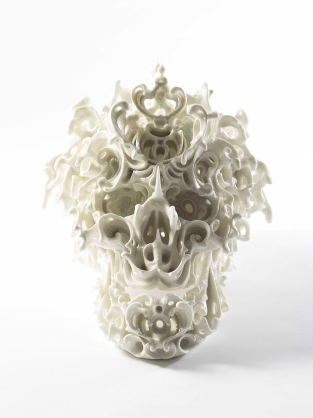 Espaço da Jason Jacques Gallery - Predictive dream XLVIX (2014), de Katsuyo Aoki, feito de porcelana (Foto: Divulgação)